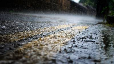 More showers, storms this evening; Rainy Mother's Day expected