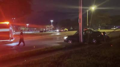 1 injured after car crashes into pole