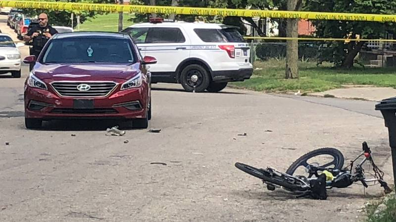 1 taken to hospital in life-threatening condition after crash in Dayton